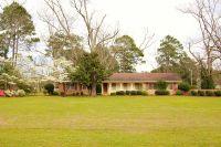 Home for sale: 102 Walker Avenue, Fitzgerald, GA 31750