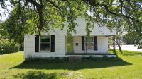 Home for sale: 302 Branch St., Berryville, AR 72616