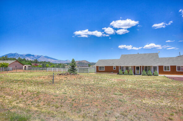 8095 E. Hollow Ridge Rd., Flagstaff, AZ 86004 Photo 32