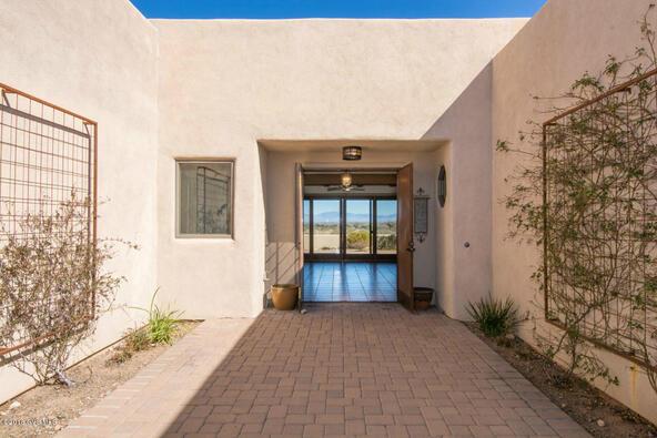 696 W. Placita Quieta, Green Valley, AZ 85622 Photo 2