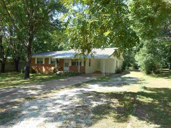 203 Lincoln, Mountain View, AR 72560 Photo 2