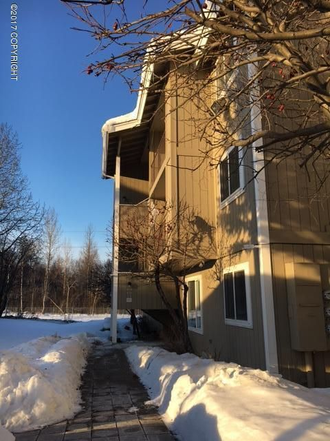 6020 Blackberry St., Anchorage, AK 99502 Photo 2