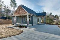 Home for sale: 239 Mccreary Hts, Dickson, TN 37055