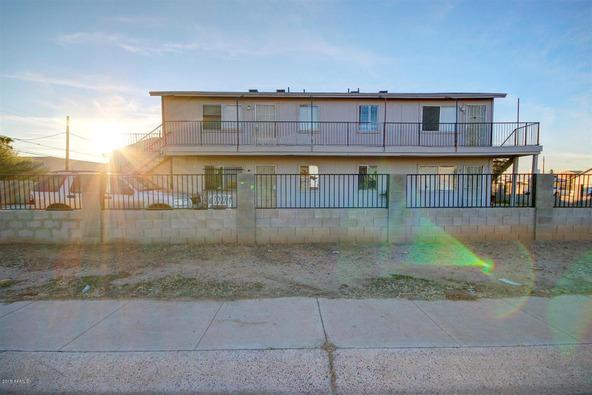2457 E. Pueblo Avenue, Phoenix, AZ 85040 Photo 2