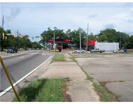 2798 Pass Rd., Biloxi, MS 39531 Photo 1