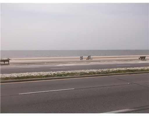 906 Beach Blvd., Gulfport, MS 39501 Photo 2