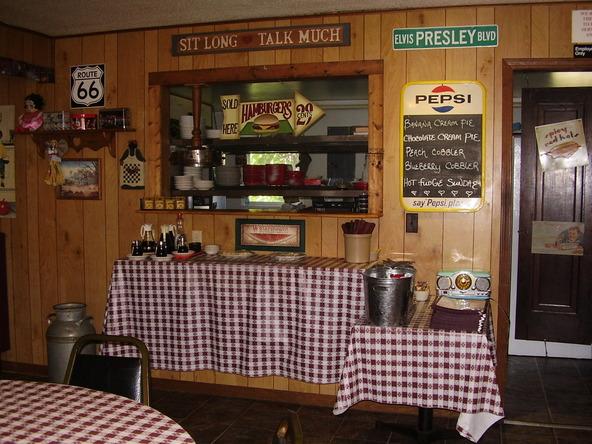 13021 W. Us Hwy. 54, Macks Creek, MO 65786 Photo 10
