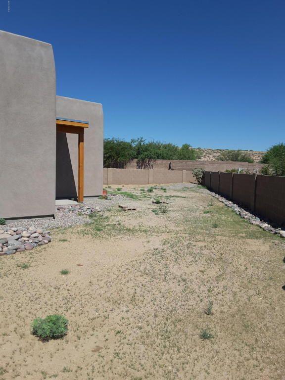 151 E. Calle Pulsera, Green Valley, AZ 85614 Photo 2