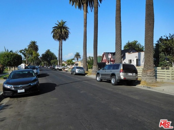 2350 South Cloverdale Avenue, Los Angeles, CA 90016 Photo 6