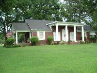 Home for sale: 610 N. C0llege St. Street, Trenton, TN 38382