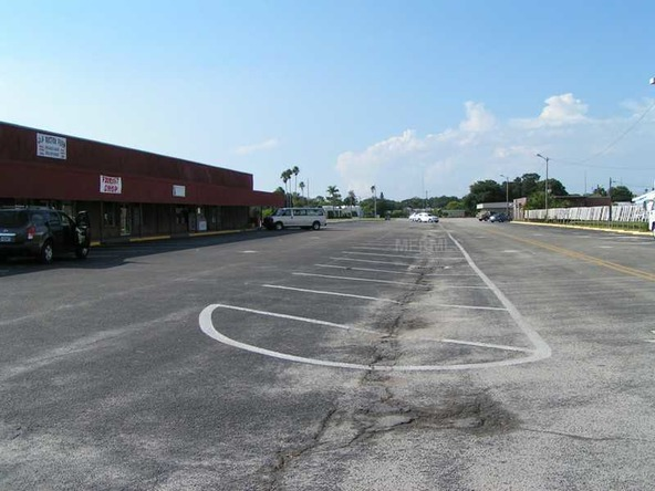 15 Thriftway Plaza, Ruskin, FL 33570 Photo 4