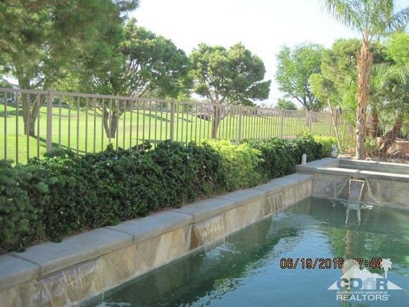 37671 Pineknoll Avenue, Palm Desert, CA 92211 Photo 5