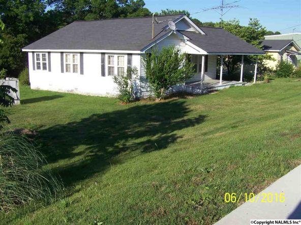 293 E. Main St., Rainsville, AL 35986 Photo 2
