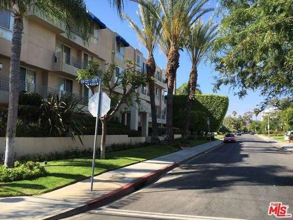 739 Lorraine, Los Angeles, CA 90005 Photo 29