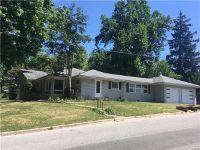 Home for sale: 700 North Hena, Greenville, IL 62246