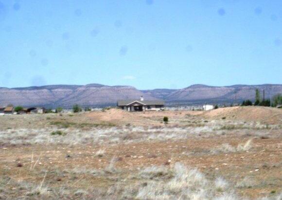 24602 N. Laredo Ln., Paulden, AZ 86334 Photo 5