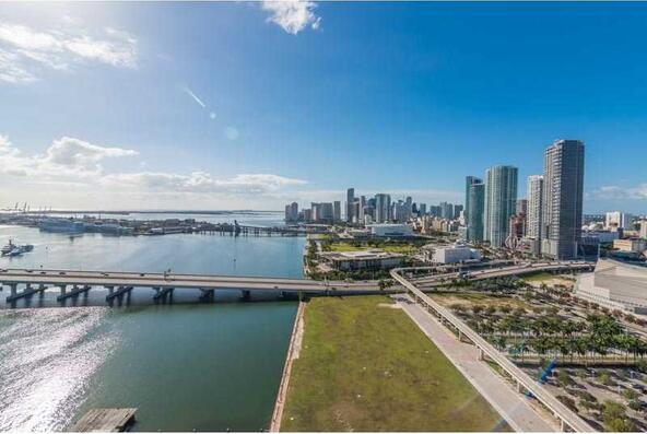 555 Northeast 15th St., Miami, FL 33132 Photo 9