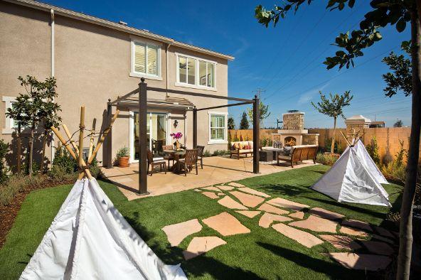 7061 N. Cedar Hill Drive, Fresno, CA 93722 Photo 3