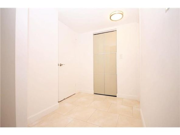 301 174th St. # 505, Sunny Isles Beach, FL 33160 Photo 10