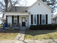 Home for sale: 111 Maple St., Flora, IL 62839