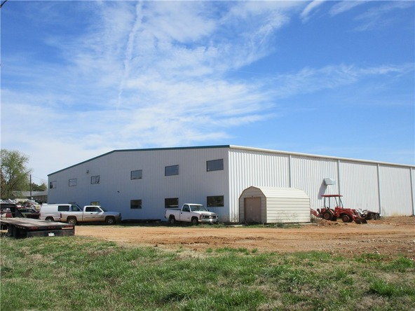 300 N. Vaughn Rd., Centerton, AR 72719 Photo 23