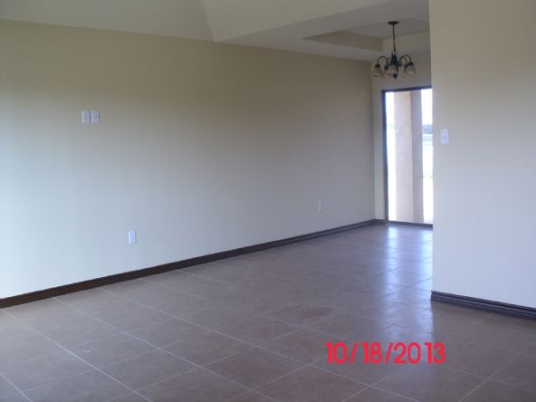 2208 Los Cerezos Dr., Laredo, TX 78046 Photo 4