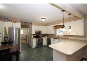 492 Saw Mill River Rd., New Castle, NY 10546 Photo 4