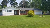 Home for sale: 3747 Shawnee Bend, Pinckneyville, IL 62274