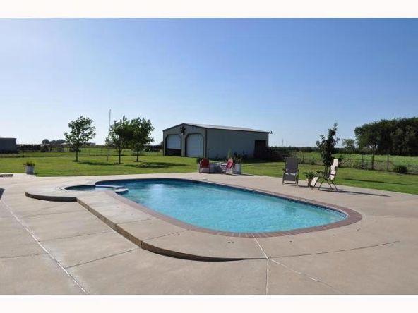138 Cotton Rows, Taylor, TX 76574 Photo 6