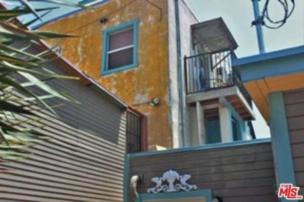 610 N. Van Ness Ave., Los Angeles, CA 90004 Photo 9
