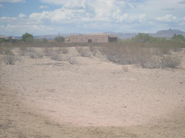 22142 W. Wildcat Dr., Wittmann, AZ 85361 Photo 6