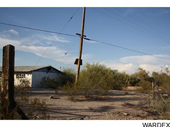 27245 la Posa Rd., Bouse, AZ 85325 Photo 4