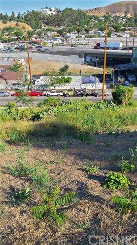 1946 N. Seigneur Avenue, Los Angeles, CA 90032 Photo 2