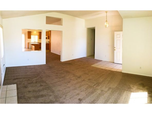 17598 Fisher St., Victorville, CA 92395 Photo 5