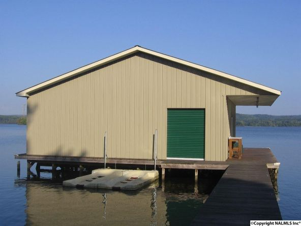 2924 Willow Beach Rd., Guntersville, AL 35976 Photo 2
