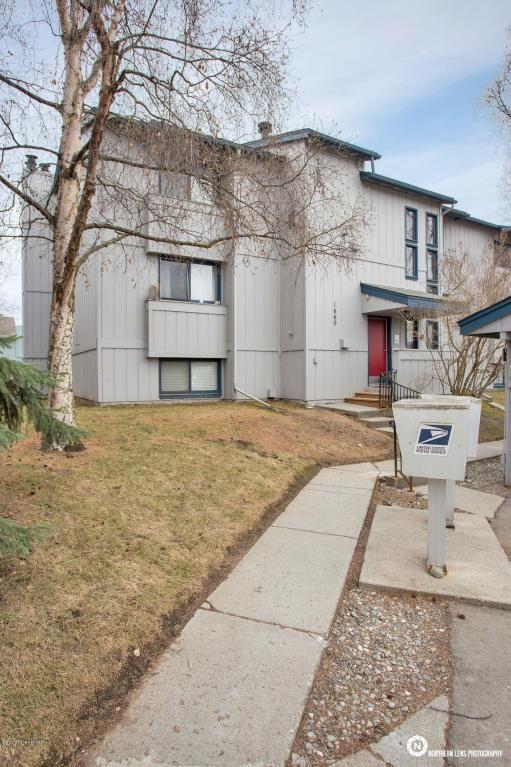 1660 Eastridge Dr., Anchorage, AK 99501 Photo 3