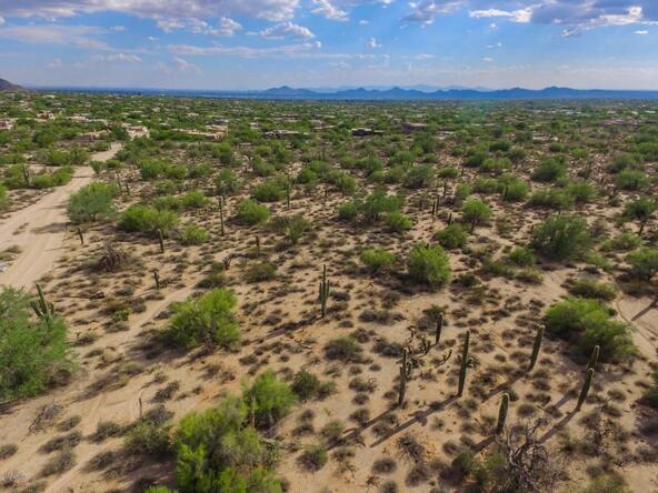 9320 E. Jomax Rd., Scottsdale, AZ 85262 Photo 7