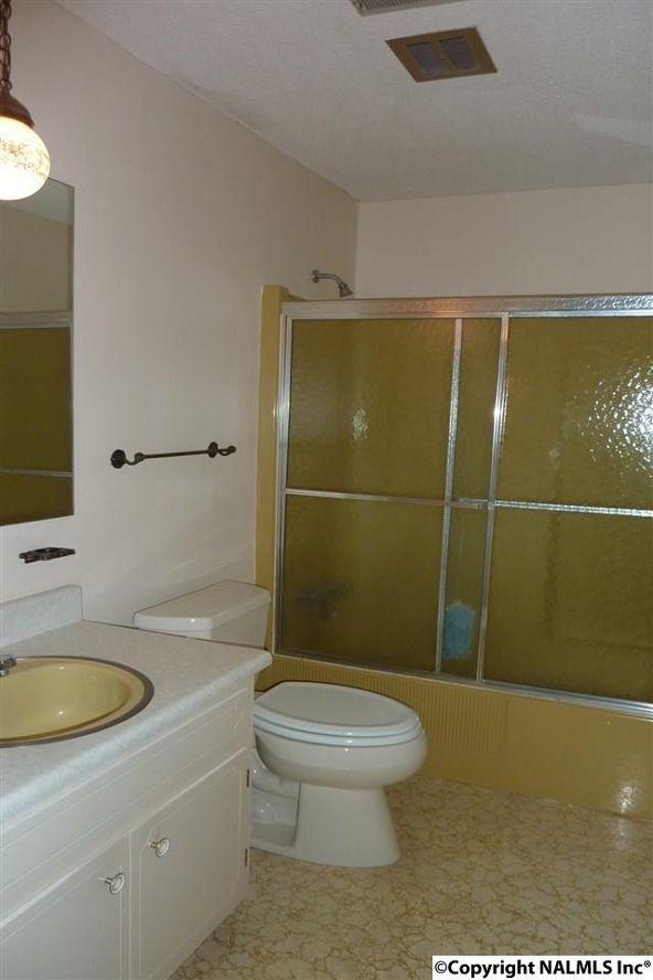 908 Wildwood Rd. S.W., Decatur, AL 35601 Photo 13