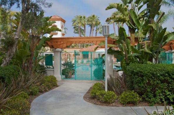 120 Villa Point Dr., Newport Beach, CA 92660 Photo 1