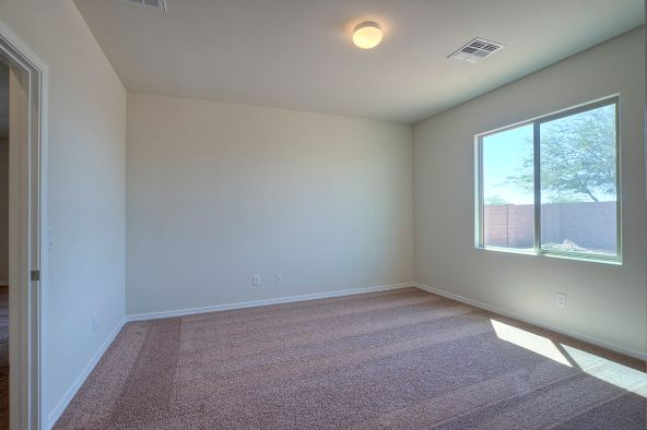 8212 West Kittiwake Lane, Tucson, AZ 85757 Photo 5
