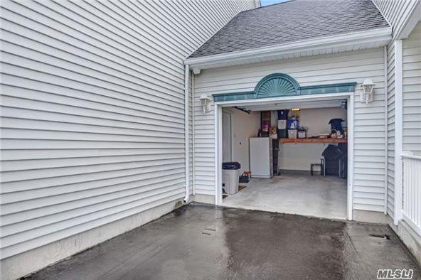 3001 Amen Cor, Riverhead, NY 11901 Photo 15