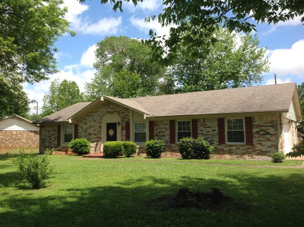 1313 Fords Way, Muscle Shoals, AL 35661 Photo 2