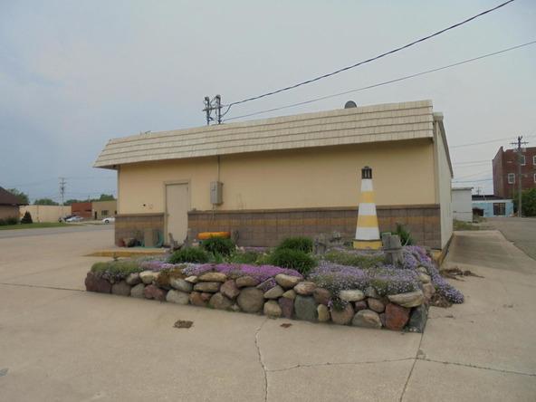 704 18th St., Spirit Lake, IA 51360 Photo 5