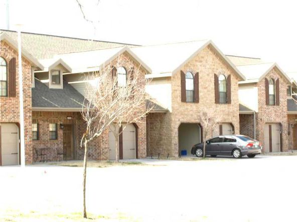 4069 Glenstone Terrace F, Springdale, AR 72764 Photo 2