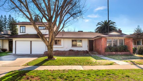 2992 Garland Avenue, Fresno, CA 93726 Photo 1
