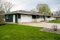 Home for sale: 103 Greenhill Dr., Viroqua, WI 54665
