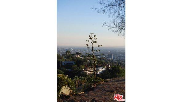 3210 Deronda Dr., Los Angeles, CA 90068 Photo 23