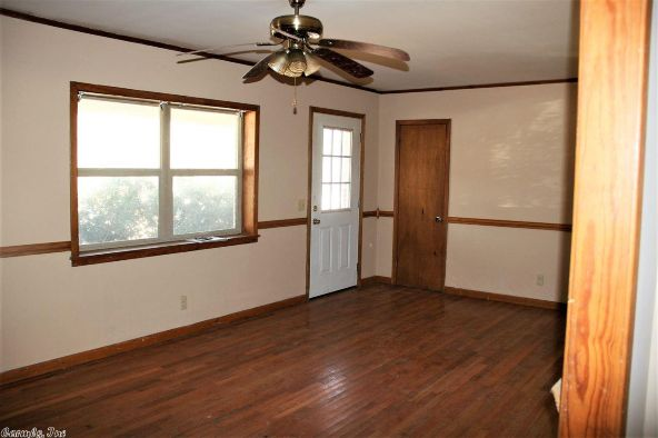2401 Town And Country, Mountain View, AR 72560 Photo 2