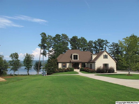 1104 Peninsula Dr., Scottsboro, AL 35769 Photo 10