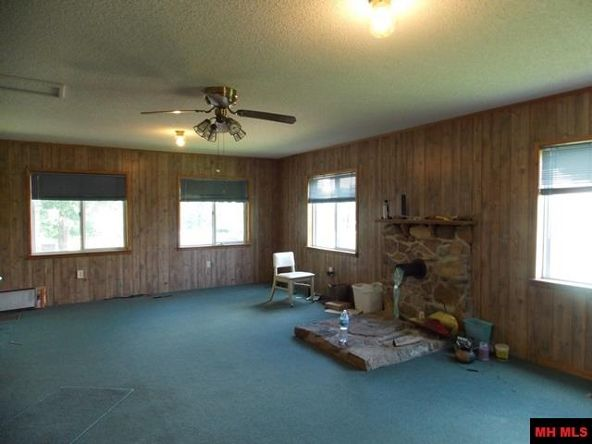1507 Hallmark Cir., Mountain Home, AR 72653 Photo 8